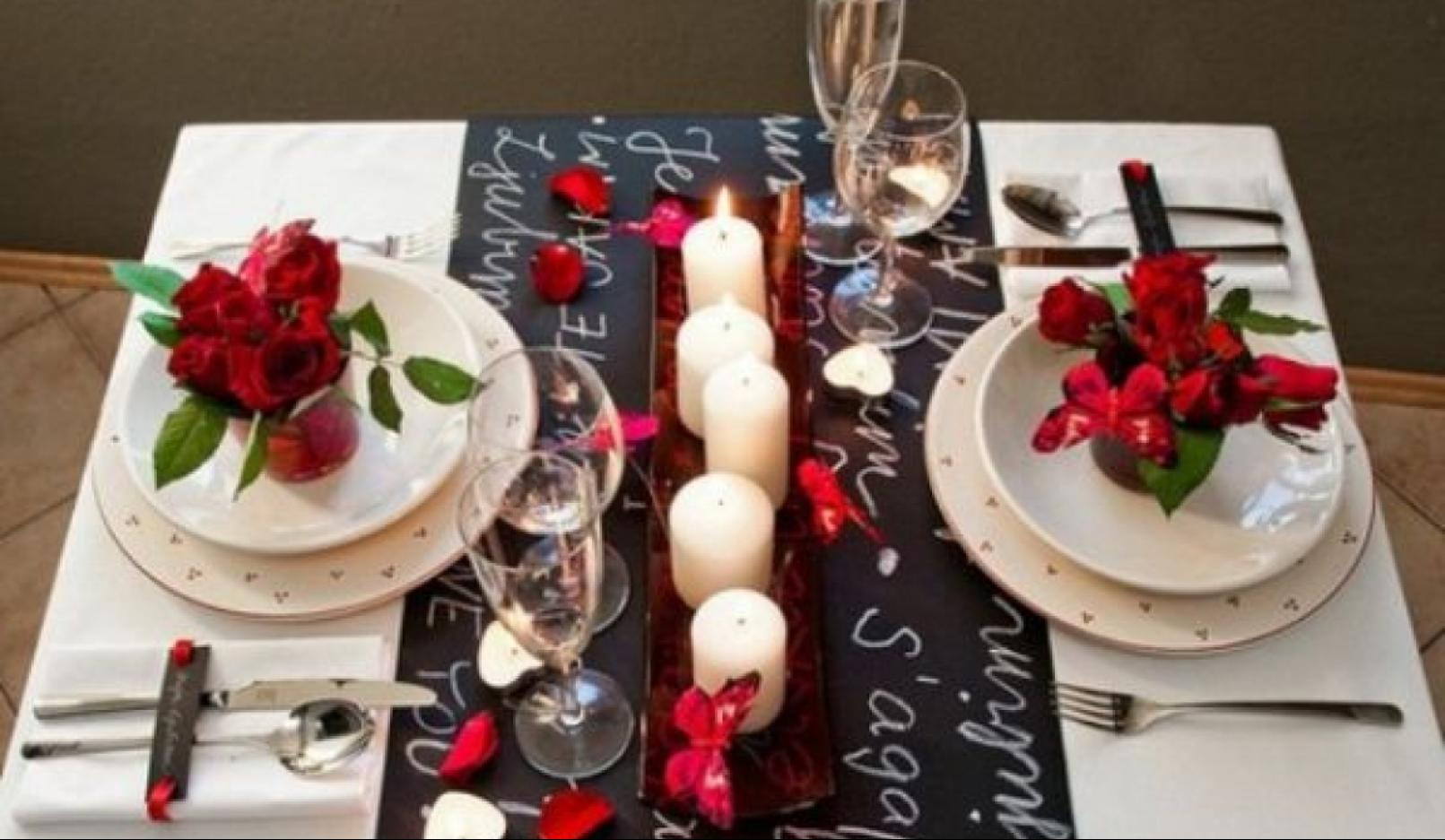Table Setting Ideas for a Romantic Valentine\'s Day Dinner | Cursor