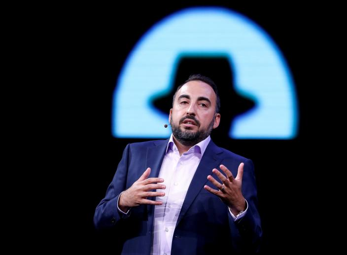 Facebook's Former Security Chief Thinks the US is Not Prepared for the 2018 Elections