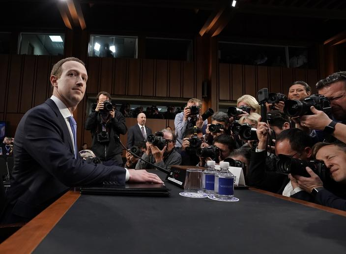 Privacy Experts Say 'I Told You So' About Facebook