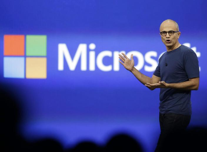 Microsoft to Continue Manufacturing Phones