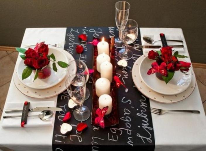 Table Setting Ideas for a Romantic Valentine's Day Dinner