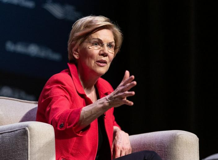 Elizabeth Warren Proposes Student Loan Debt Cancellation to Make College Free