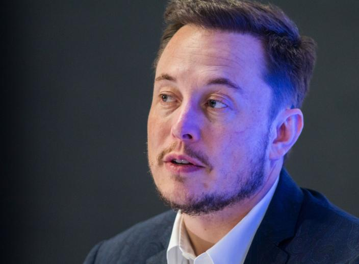 SpaceX Launches Revolutionary Rocket