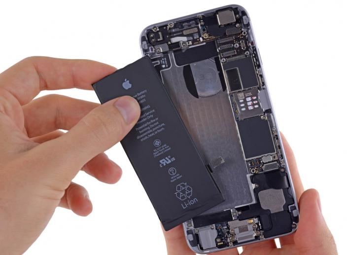 Apple Sees High Demand for Replacement iPhone Batteries