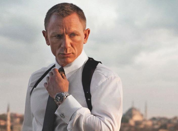 Apple and Amazon Pursuing James Bond Franchise Rights